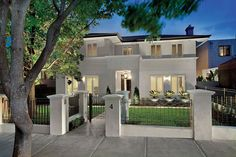 Stunning House Design in Hawthorn Classic Front View (Australia)