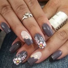nail art designs 2019 nail designs for short nails step by step essie nail stickers nail art stickers how to apply best nail stickers 2019 Nails Polish, Nail Polish Designs, Toe Nails, Nail Art Designs, Fingernail Designs, Black Nail Designs, Ongles Beiges, Floral Nail Art, Trendy Nail Art