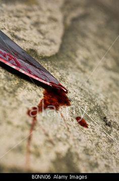 Bloody knife  © stephen Mulcahey / Alamy