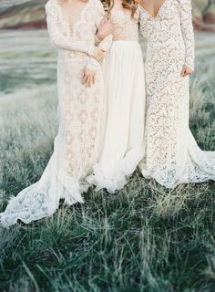 Lace Wedding Gowns by Emily Riggs | Wedding Sparrow | Michael Radford Photography