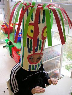 Ecole maternelle de la Fontaine: mars 2009 Crazy Hat Day, Crazy Hats, African Crafts, African Art, Art Lessons For Kids, Halloween Costume Contest, Summer Art, Preschool Crafts, Pottery Art