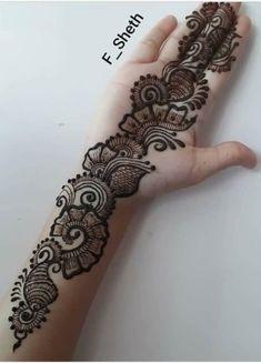 ndo-Arabic Mehendi design: Latest Arabic Mehndi Design for Front Hand Latest Arabic Mehndi Designs, Henna Art Designs, Mehndi Designs For Girls, Mehndi Designs 2018, Mehndi Designs For Beginners, Stylish Mehndi Designs, Mehndi Design Photos, Mehndi Designs For Fingers, Wedding Mehndi Designs