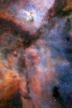 #CarinaNebula - This image shows a giant star-forming region in the southern sky known as the Carina Nebula and combines the light from three different filters, which traces emission from oxygen (blue), hydrogen (green), and sulfur (red). The colour is also representative of the temperature in the ionized gas: blue is relatively hot and red is cooler.