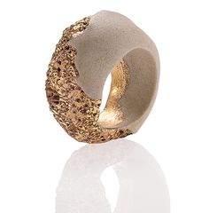 Maria Diana Ring: Reef gold, 2014 Southern ice porcelain, stoneware, gold luster