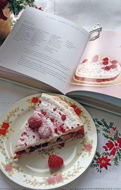 """My favorite dessert """"divine""""  Laduree, Paris."""