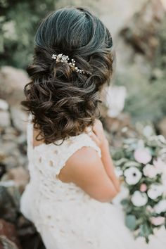 Beautiful curled some up, some down bridal hair ~ we ❤ this! moncheribridals.com