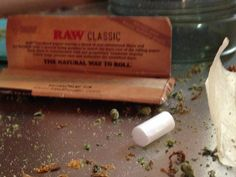 Raw papers, weed shake and misc rolling materials...