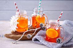 Kult-Drink für kalte Tage: Heißer Aperol sorgt ab jetzt im Winter für wohlige Wärme. So geht's Schritt für Schritt.