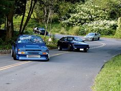 Touge Drifting Group Shot  Looks like the AE86 Club :)