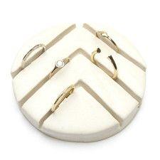 Chevron Ceramic Ring Holder