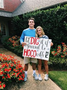 Cute Homecoming Proposals, Homecoming Signs, Homecoming Poster Ideas, Dance Proposal, Proposal Ideas, High School Dance, School Dances, Cute Relationship Goals, Cute Relationships