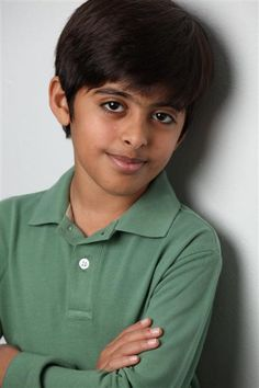 I'm in love with this kid. Karan Brar, Kids Photography Boys, Peyton List, Debby Ryan, Cameron Boyce, Disney Channel, Im In Love, Jessie, Music Artists