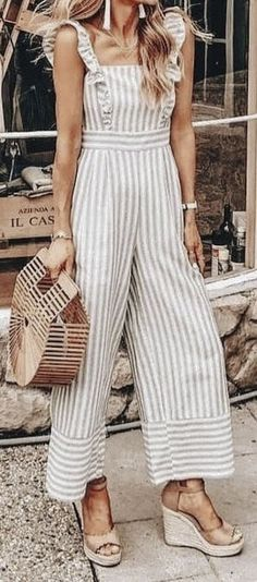 Summer Outfits to Wear Now – The Fashion Castle - Summer Fashion Inspiration - Modetrends Adrette Outfits, Preppy Outfits, Summer Outfits, Fashion Outfits, Fashion Trends, Fashion Inspiration, Barbie Fashionista, Mode Shoes, Mode Plus