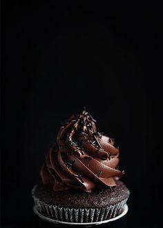linda lomelino cupcake