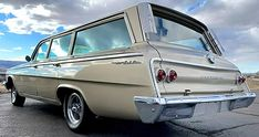 1962 Chevrolet Bel Air Station Wagon in Fawn Beige - miles! Wagon Cars, Wagon Wheels, Movie Cars, Chevrolet Bel Air, Barn Finds, Station Wagon, Automatic Transmission, Vintage Cars, Hot Rods