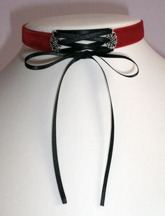 Hey, I found this really awesome Etsy listing at https://www.etsy.com/listing/199673671/corset-choker-gothic-necklace-red-velvet