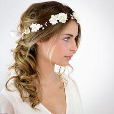 Women's Fashion - Girl Power Pack Cool Braid Hairstyles, Bohemian Hairstyles, Bride Hairstyles, Hairstyle Ideas, Bohemian Wedding Hair, Wedding Hair Flowers, Little Girl Wedding Hairstyles, Hairstyle Wedding, Fashion Girl Power