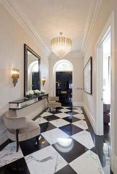 Oversized Marble Floors