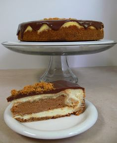 Love Pie. Love Cake. PIECAKEN.: Recipe for Pumpkin-Pie-In-A-Vanilla-Cheesecake PIE...