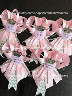 Set of 6 Pink and grey pins-Little princess baby shower grandma to be pin -little princess corsage- pink and grey baby shower-aunt to be pin - Sams Baby Shower Decorations - Baby Tips Distintivos Baby Shower, Fiesta Baby Shower, Baby Girl Shower Themes, Girl Baby Shower Decorations, Baby Shower Balloons, Baby Shower Centerpieces, Baby Shower Gifts, Shower Set, Shower Favors