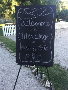 Welcome black board. Garden Wedding.