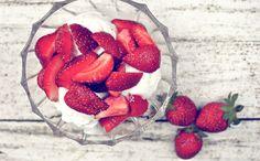 Vanilla Bean Ice Cream with Strawberries & Rose Geranium Infused Syrup