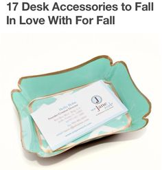 A card tray in my favorite color!