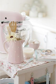 I would kill for a pink Kitchenaid! There, I've said it. 15 Bright Pastel Decor Ideas - Heart Handmade uk