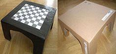 Mesa de ajedrez de cartón