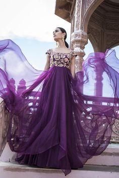 Beautiful Long Gown with Hand Embroidery embellishments. Designer Party Wear Dresses, Designer Gowns, Indian Designer Wear, Lakme Fashion Week, India Fashion, Asian Fashion, Half Saree Designs, Dress Designs, Western Dresses