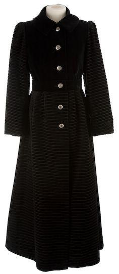 1960s black ribbed velvet coat