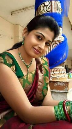 Beautiful in saree Beautiful Girl Indian, Beautiful Girl Image, Beautiful Indian Actress, Beautiful Actresses, Beautiful Women, Cute Beauty, Beauty Full Girl, Beauty Women, India Beauty