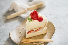 Strawberry Shortcake cake - Japanese version | Chopstick Chronicles Cakes Without Butter, Japanese Birthday, Sifted Flour, Cake Tins, Round Cakes, Sponge Cake, Strawberry Shortcake, Melted Butter, Whipped Cream