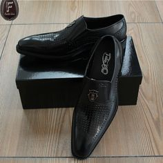 Find More Formal Shoes Information about FELIX CHU Mens Luxury Formal Dress Shoes Genuine Cow Leather Crocodile Skin Style Fashion Loafers Flat Heel Black Shoes 1815 011,High Quality shoes classic,China shoes melissa Suppliers, Cheap shoes with heart heels from OuLanya Store on Aliexpress.com