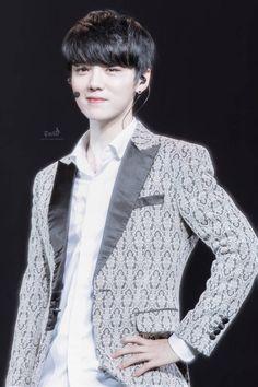 鹿晗Luhan last concert with EXO