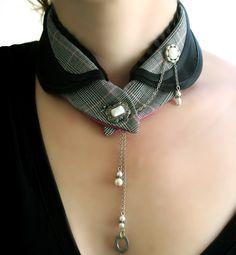 Alanis black magenta plaid collar