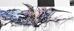 Artista brasileiro usa cores e traços frenéticos para grafitar seus pássaros mundo afora grafite spray pássaros 15 640x274