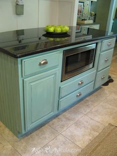 Kitchen Island Duck Egg Blue Chalk Paint with Washed Effect #anniesloanchalkpaint #chalkpaint #duckeggblue artsychicksrule.com