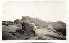 Flappers Explore Garden Of The Gods 1925 Vintage Snapshot Colorado Souvenir Photo Antique Photos, Vintage Photos, Marcel Waves, Potomac River, Louise Brooks, Photo Blue, Flappers, Victorian Era, First Photo