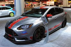 Ford Focus ST makes presence known with five custom cars in Vegas