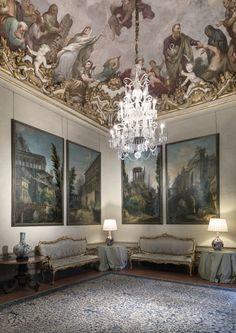 A nova exposição do Museu Ferragamo traz tudo sobre o palácio onde reside e uma parede de sonhos!!