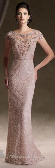 vestido longo                                                                                                                                                      More