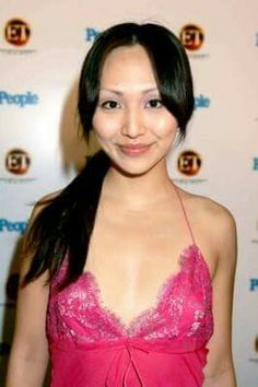 Linda Park Enterprise Nx 01, Star Trek Enterprise, Asian Woman, Asian Girl, Linda Park, Star Trek Crew, Star Trek Characters, Space Fashion, Celebs