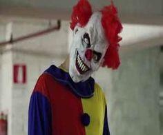 sognare clown assassino