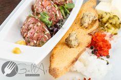 Tartarul de vită - un preparat care nu putea să lipsească din portofoliul Gallart. Pentru restaurantele cu o clientelă pretențioasă.