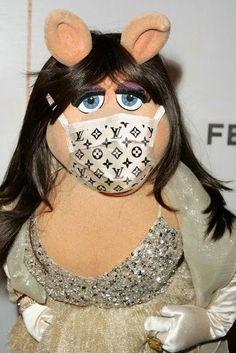 Miss Piggy's fashion