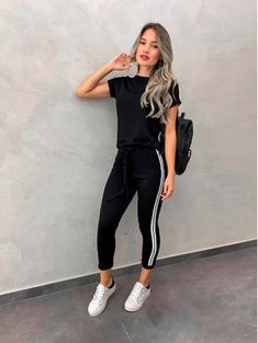 Spring Fashion Casual - Trend Topic For You 2020 Sporty Outfits, Casual Fall Outfits, Trendy Outfits, Summer Outfits, Cute Outfits, Fashion Outfits, Work Outfits, Stylish Dresses, Fashion Tips