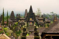 100 Most Famous Landmarks Around the World