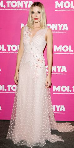 Fairy Tale Moment from Fashion Police Margot Robbie looks pretty in pink at the Paris premiere of her latest film I, Tonya; donning a custom pastel pink dress by Rodarte, complemented by Aquazurra heels and Messika jewelry. Celebrity Dresses, Celebrity Style, Margot Robbie Style, Margo Robbie, Beautiful Dresses, Nice Dresses, Long Dresses, Beautiful Women, Bae