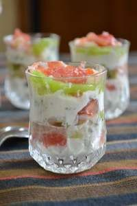 Grapefruit and shrimp appetizers - Fish Recipes Tapas, Parmesan Fish Recipe, Whole30 Fish Recipes, Shrimp Appetizers, Fish Dishes, Kiwi, Cooking Time, Entrees, Food Porn